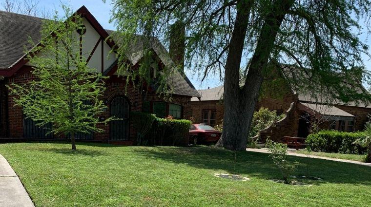 San Antonio Lawn Service